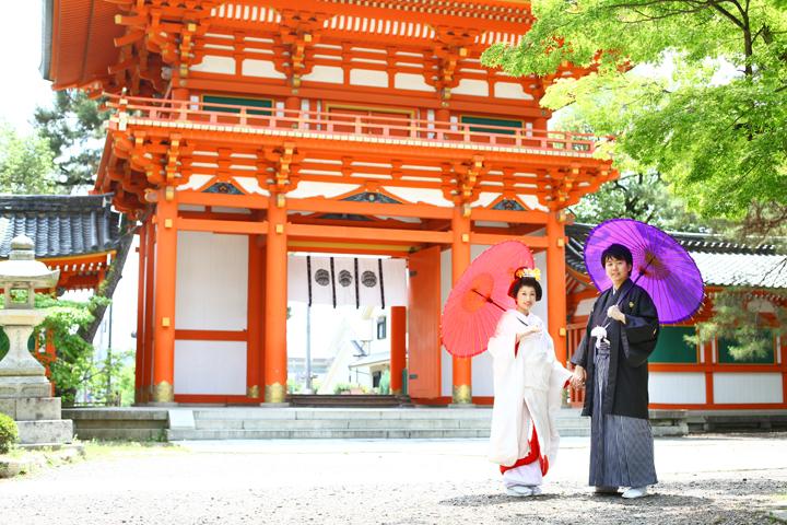 夏 前撮り 京都 和装 では、最後にドドーンと夏の前撮り写真を一気にご紹介。 こちらは今宮神社。